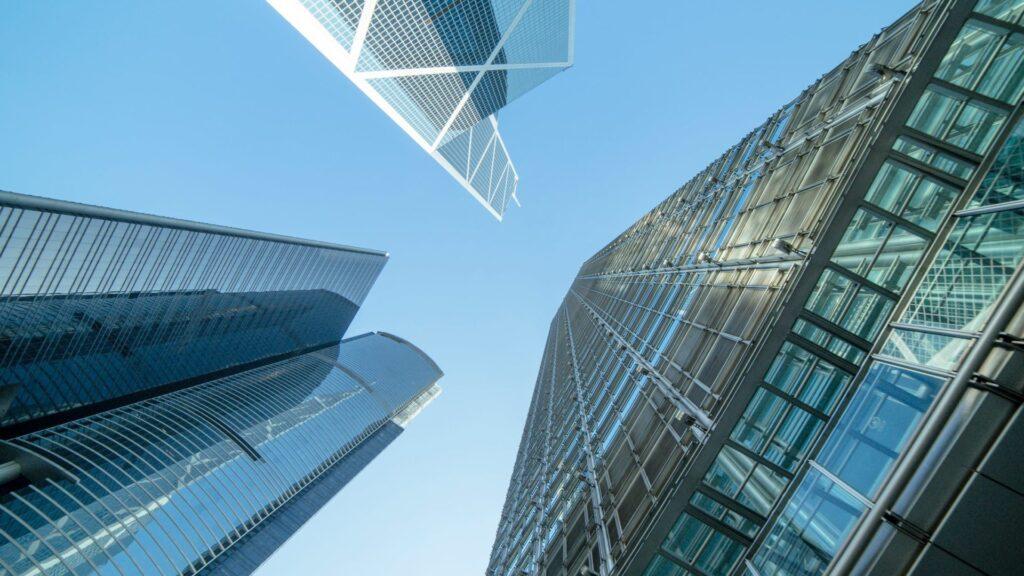 GUIRAO - Grúas en Murcia para mudanzas en edificios altos al mejor precio